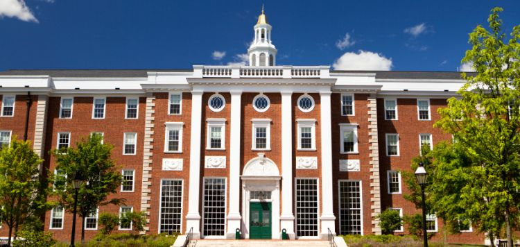 十所美国名校招生偏好和优势学科